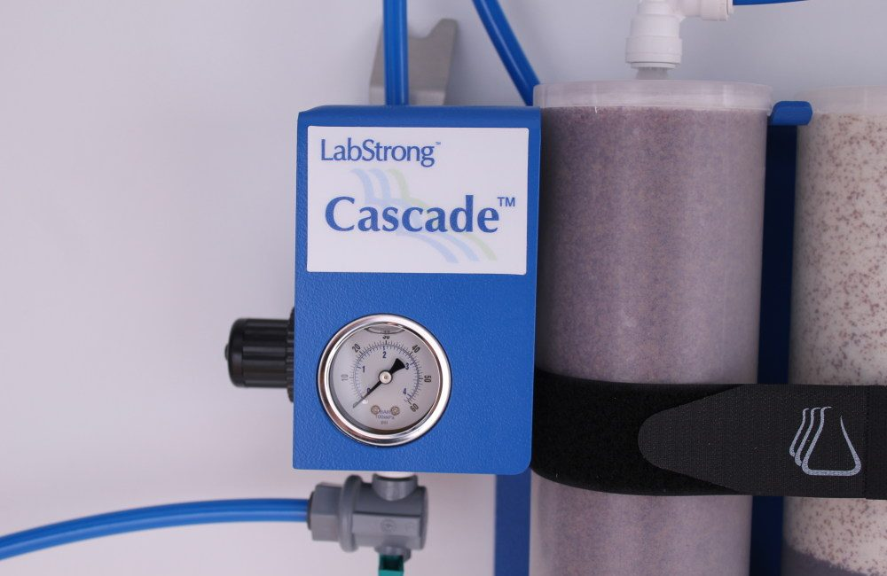 D00292 and D00294_LabStrong Cascade Dual and Quad Water Purification System_White (9)
